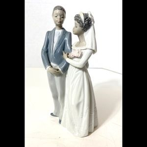 Lladro Accents - Lladro Black Legacy Bride and Groom